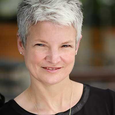Headshot Image of Amy Leschke-Kahle.