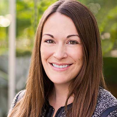 Headshot image of Laura Martin.